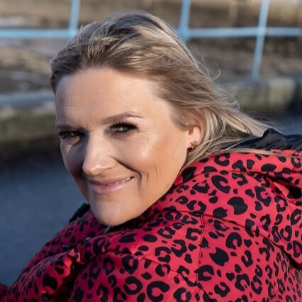 Jojo Fraser - Author, Speaker, Wellbeing Coach and Podcaster