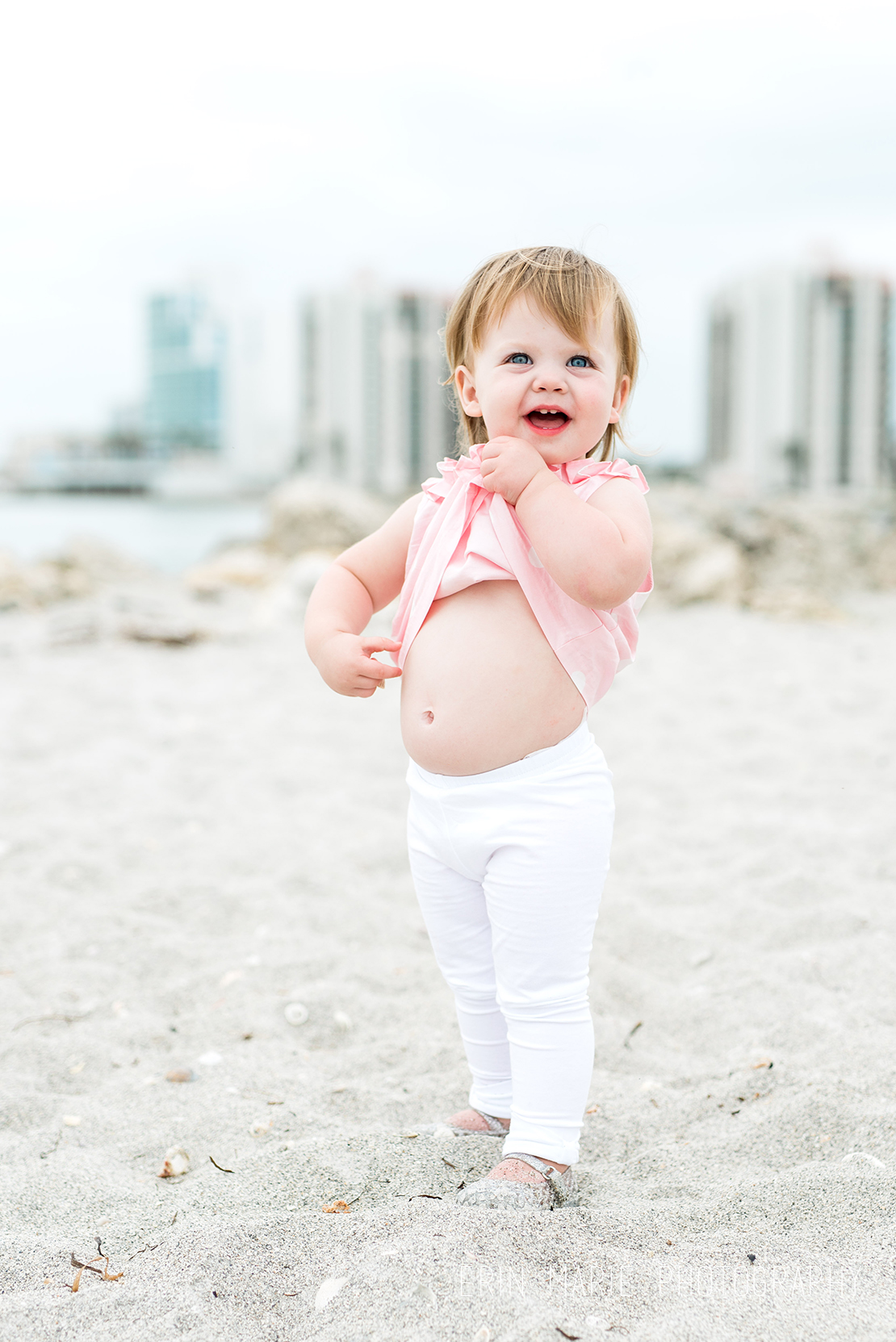 Sandkey_Beach_Family_Photographer_29.jpg