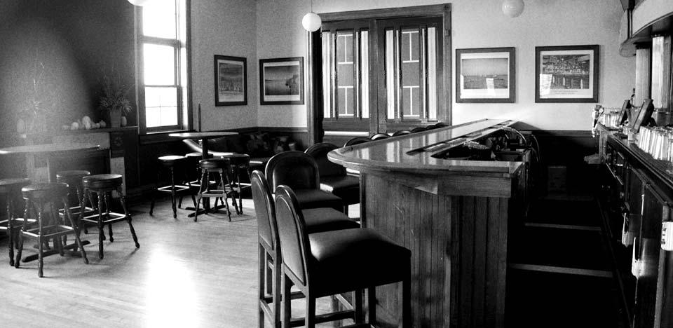 Bar_at_Algoma-5.jpg
