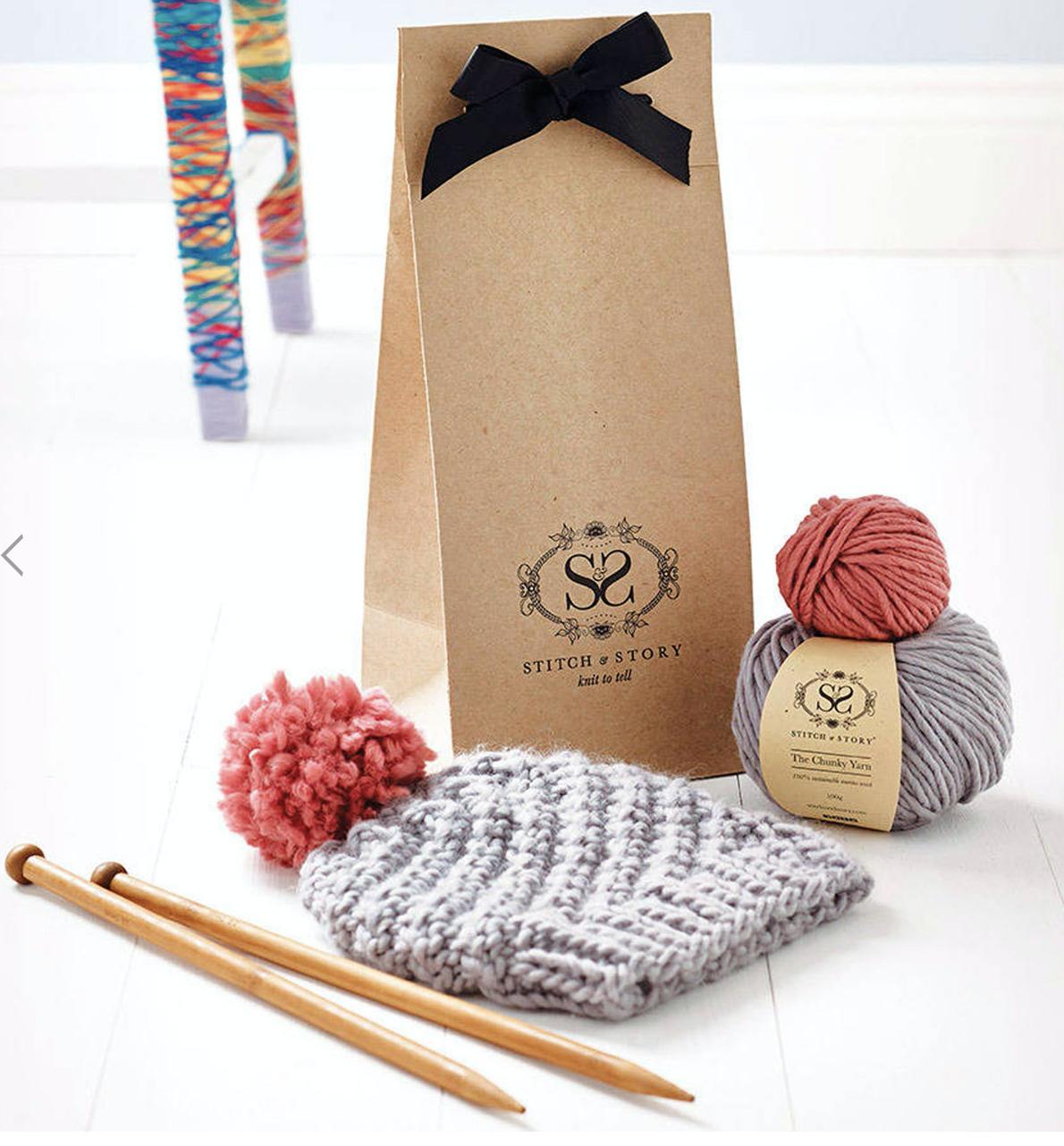Stitch /& Story Luca Pom Hat Knitting Kit Ivory White with Dust Pink Pompom