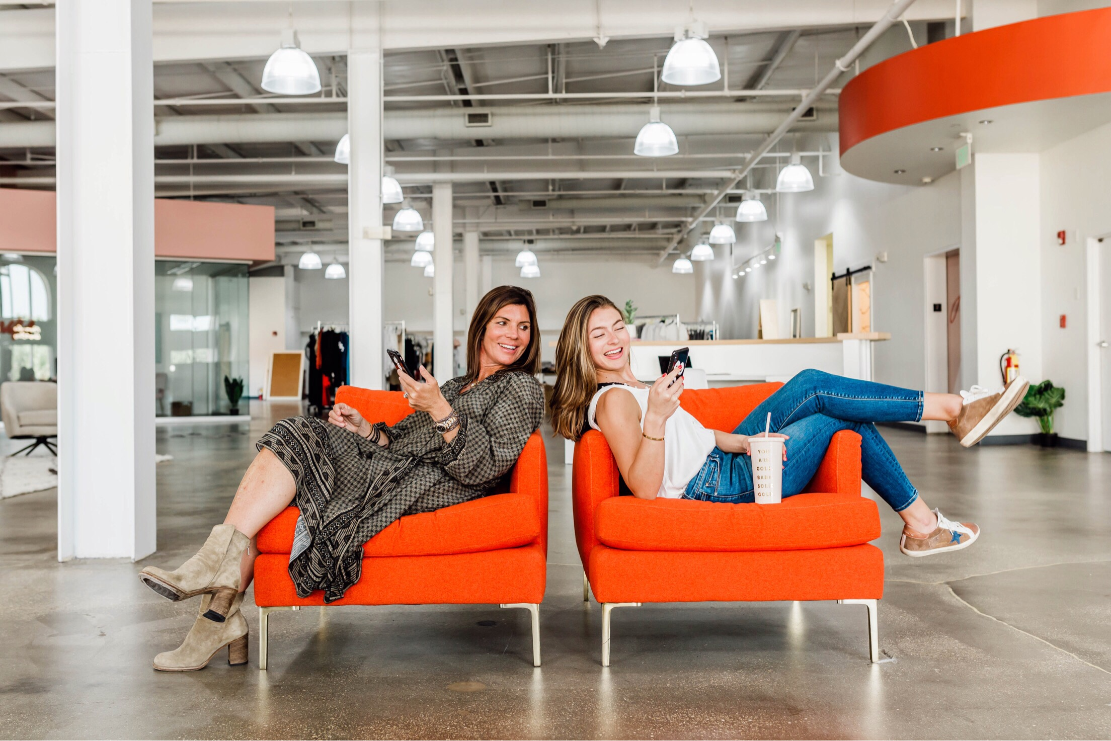 Sabel Bezet, Stylist & Head Buyer (Left), Amber Duncan, Founder & CEO (Right).