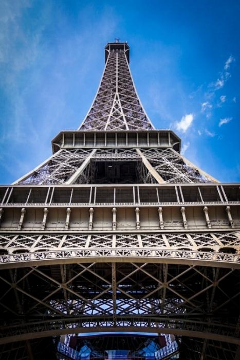Eiffel_tower2 color.jpg