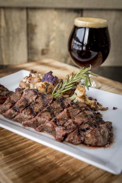 albany photographer.amanda.charles-steak small.jpg