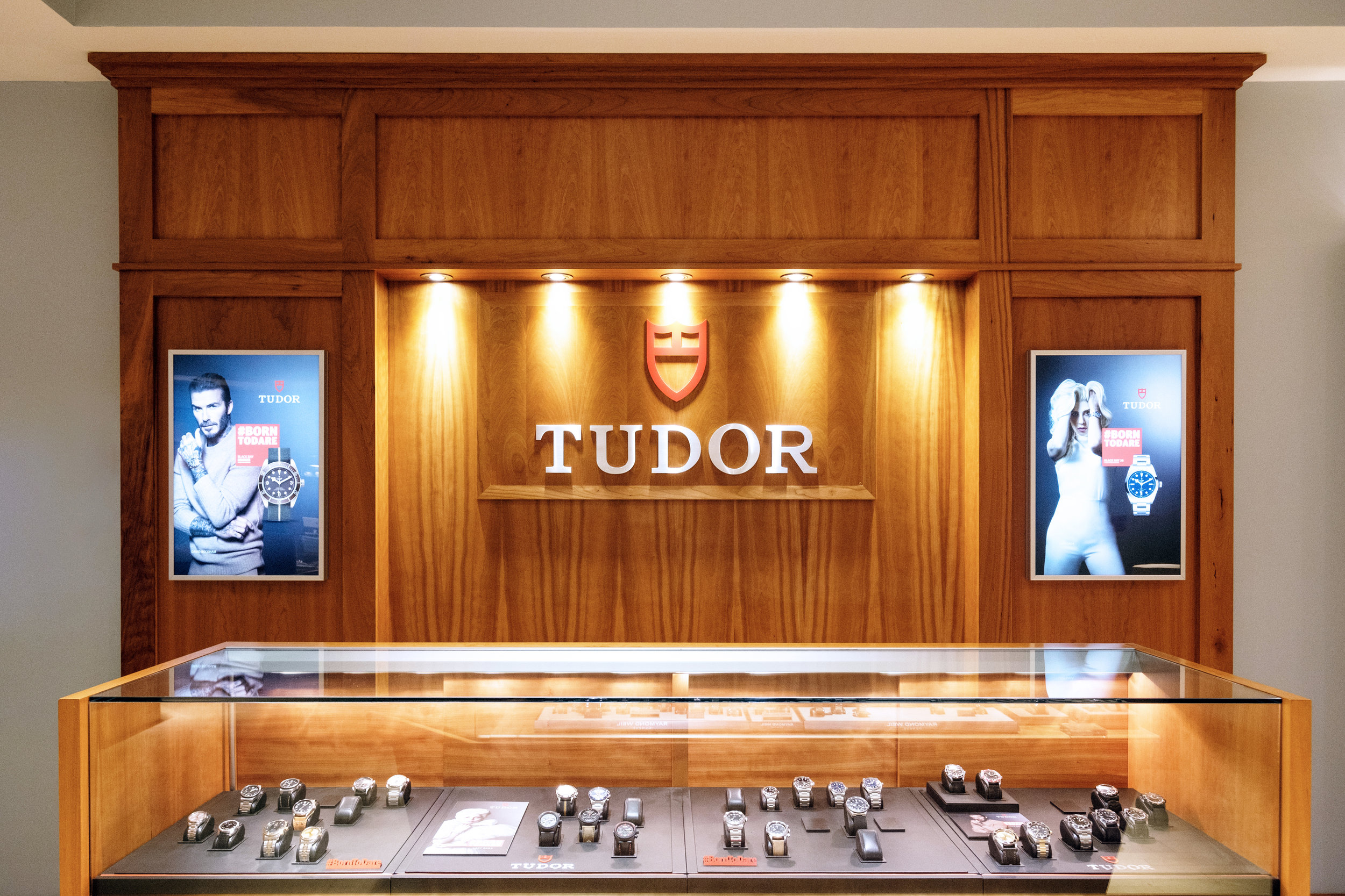 Tudor-Counter2.jpg