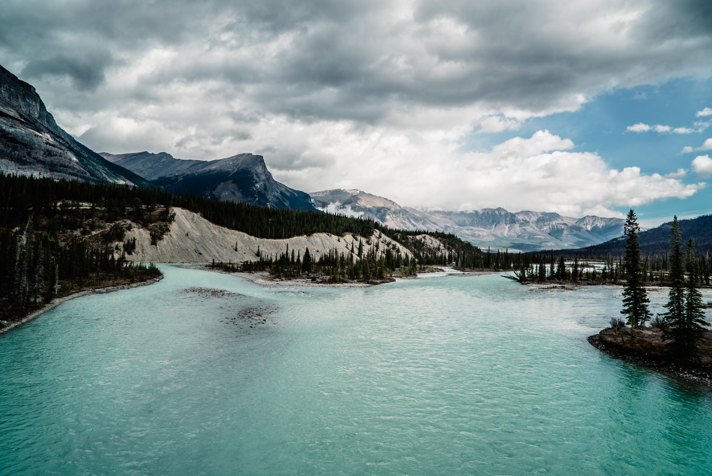 Travel Guide Alberta Canada