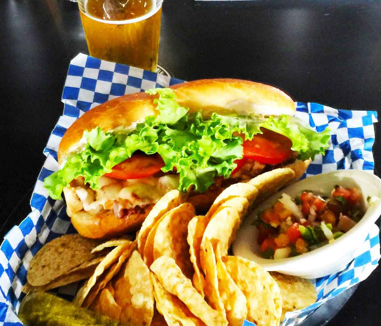 smarty-pants-seattle-restaurant_sandwich-with-chips-and-pickle.jpg