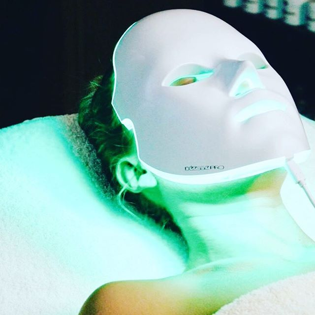 Joy's newest addition to our treatment menu 💃🏻💃🏻🧚‍♀️. Phototherapy Rx ~Rejuvenate ~Purify ~Brighten ~Post Micro-needle ~Calm ~Anti-age Express Rosie's cocktail addition to her menu. #preventativepunch #joyskinatelier #lighttherapy