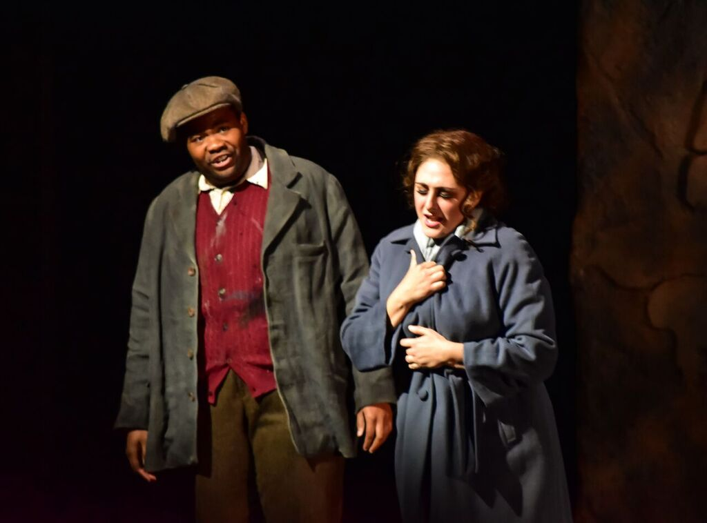 Mimì ( La bohème)  Santa Fe Opera Apprentice Scenes, 2016 C: Bobby Gutierrez
