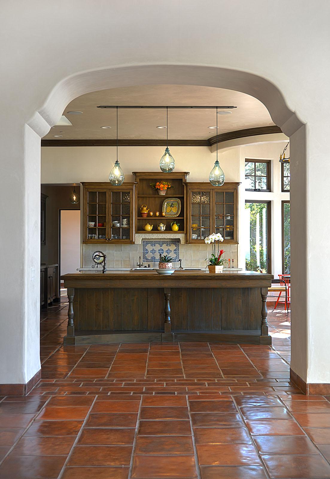 Bertelsen Residence 9 - Spanish archway into Kitchen.jpg