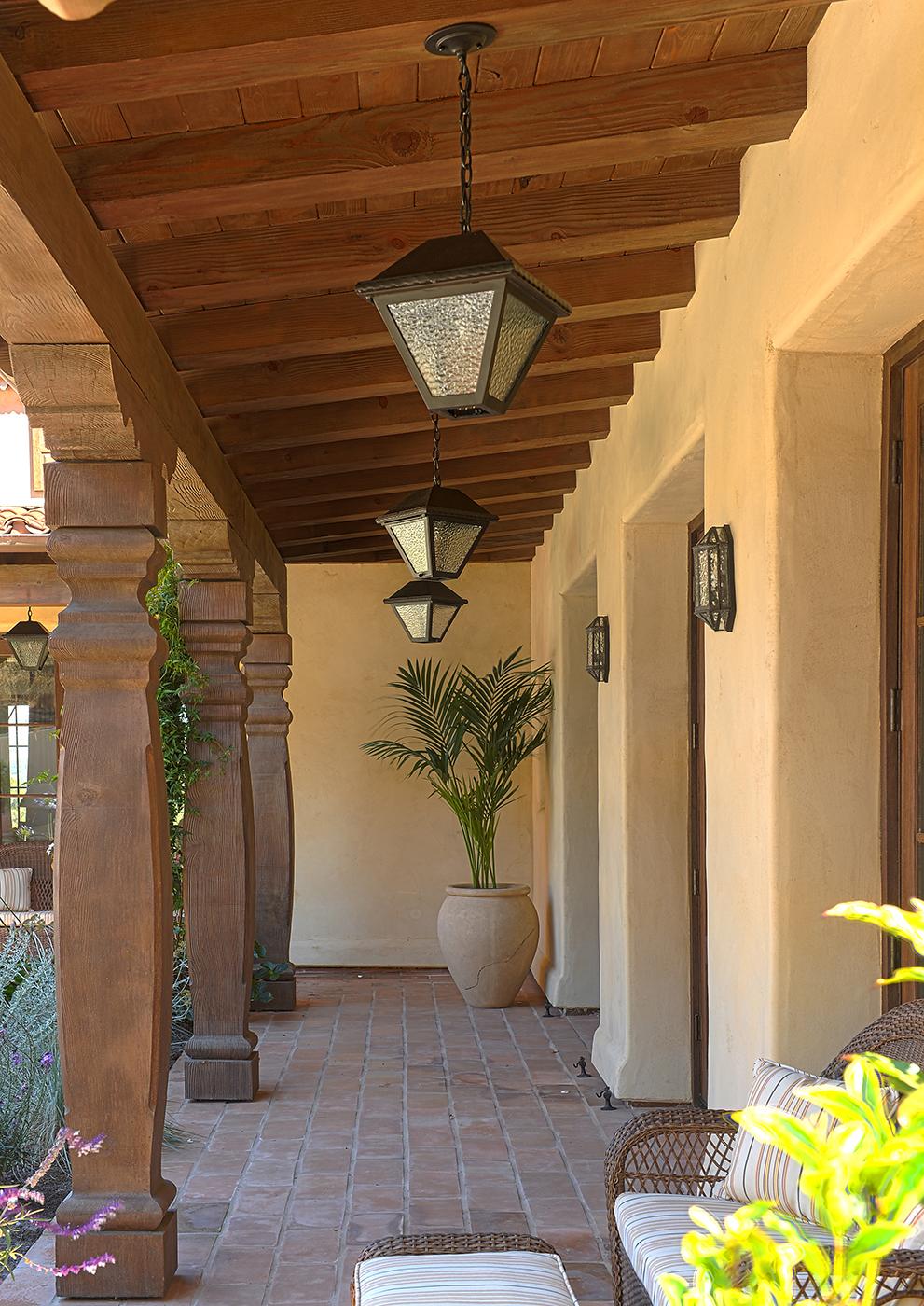 Lovett Residence 9 - Entry Loggia.jpg
