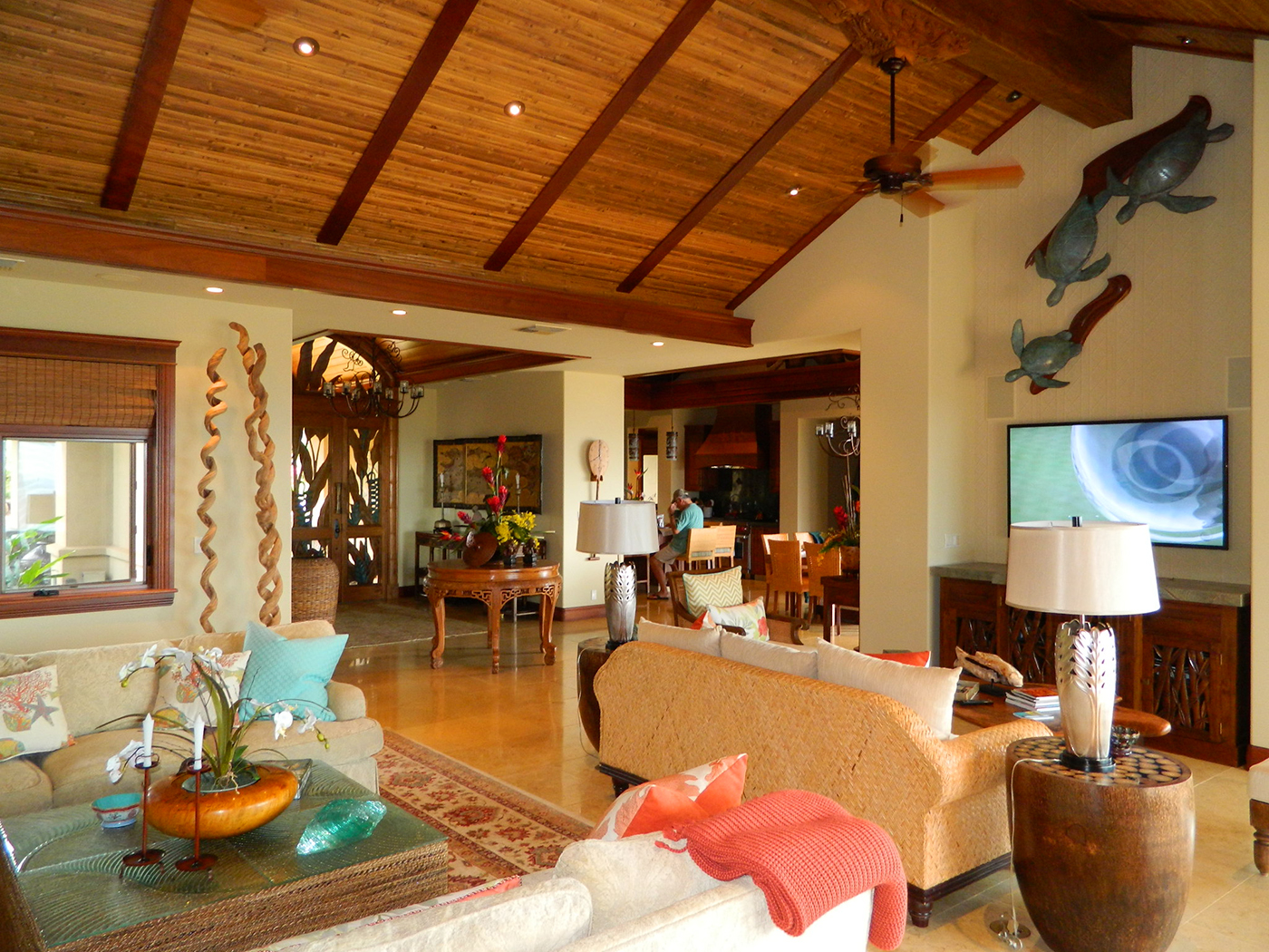 9 MAUI Residence - view from Living Room into Kitchen and Dining.JPG