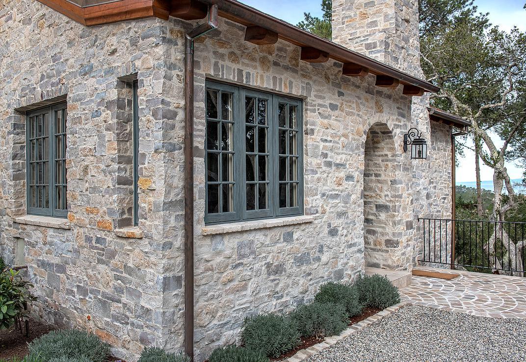6 Smith Monterra Residence - Original stone house design idea.jpg
