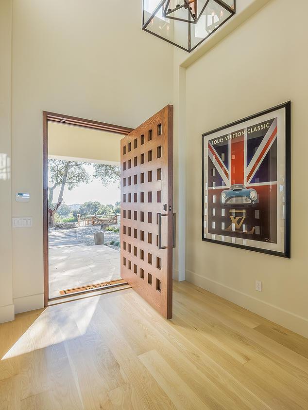 2 Bruggeman Residence - Entry.jpg