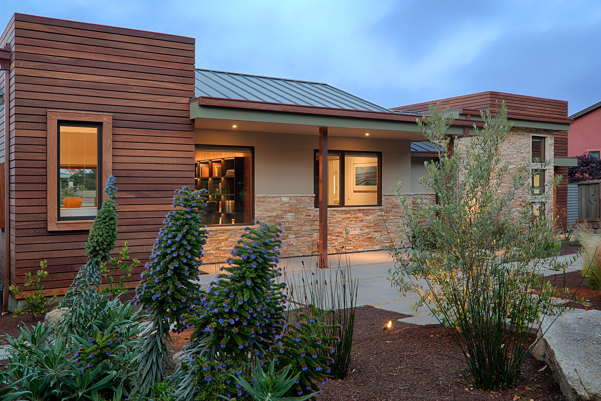2-Ord Residence-Front.jpg