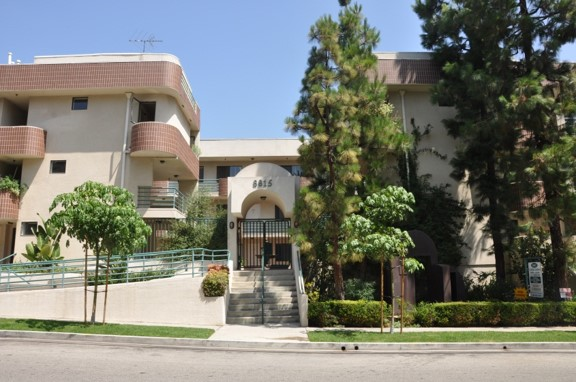Cynthia Gardens - Cynthia Gardens is a multi-family apartment building in West Hollywood, CA.This building features 21 garden-style units with a number of unique floor plans that accomadate your everyday lifestyle needs.Through innovative acquisition and management strategies,Empire Property Group's value-add project is able to generate higher rents while significantly reducing annual operating costs.