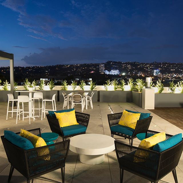 Check out all the views at Empire at Burton Way...Just a few units remaining! Visit the website and apply now  #empireatburtonway #empirepropertygroup  #empireatbw #empireatkings #empireatbellagio #empireatnorton #westhollywoodapartments #westhollywood #weho #weholiving #beverlyhills  #lovebeverlyhills #beverlyhillsliving #beverlyhillsapartments #belairapartments #luxuryapartments #nyinla #realestate #developer #losangelesapartments #architecture #apartmentdesign #luxurydevelopment #residentialdesign