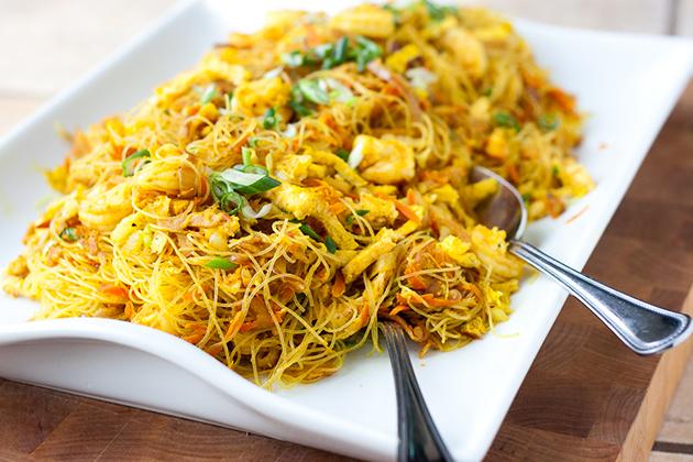 Tasty-Kitchen-Blog-Singapore-Noodles-Singapore-Mei-Fun-00.jpg