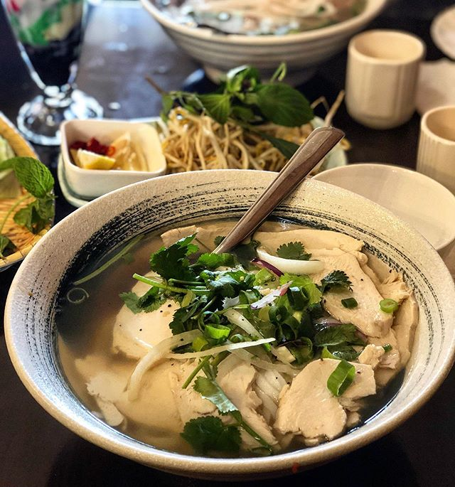 On mornings like this I really need some of this to warm up my belly for the day 🍜 Latest review is up for @phoanh.camberwell at Hangry Dreamer!
