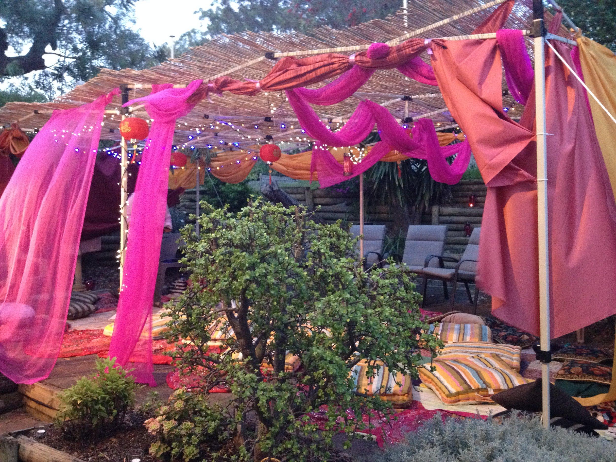 25 sept sukkah decorating.jpg