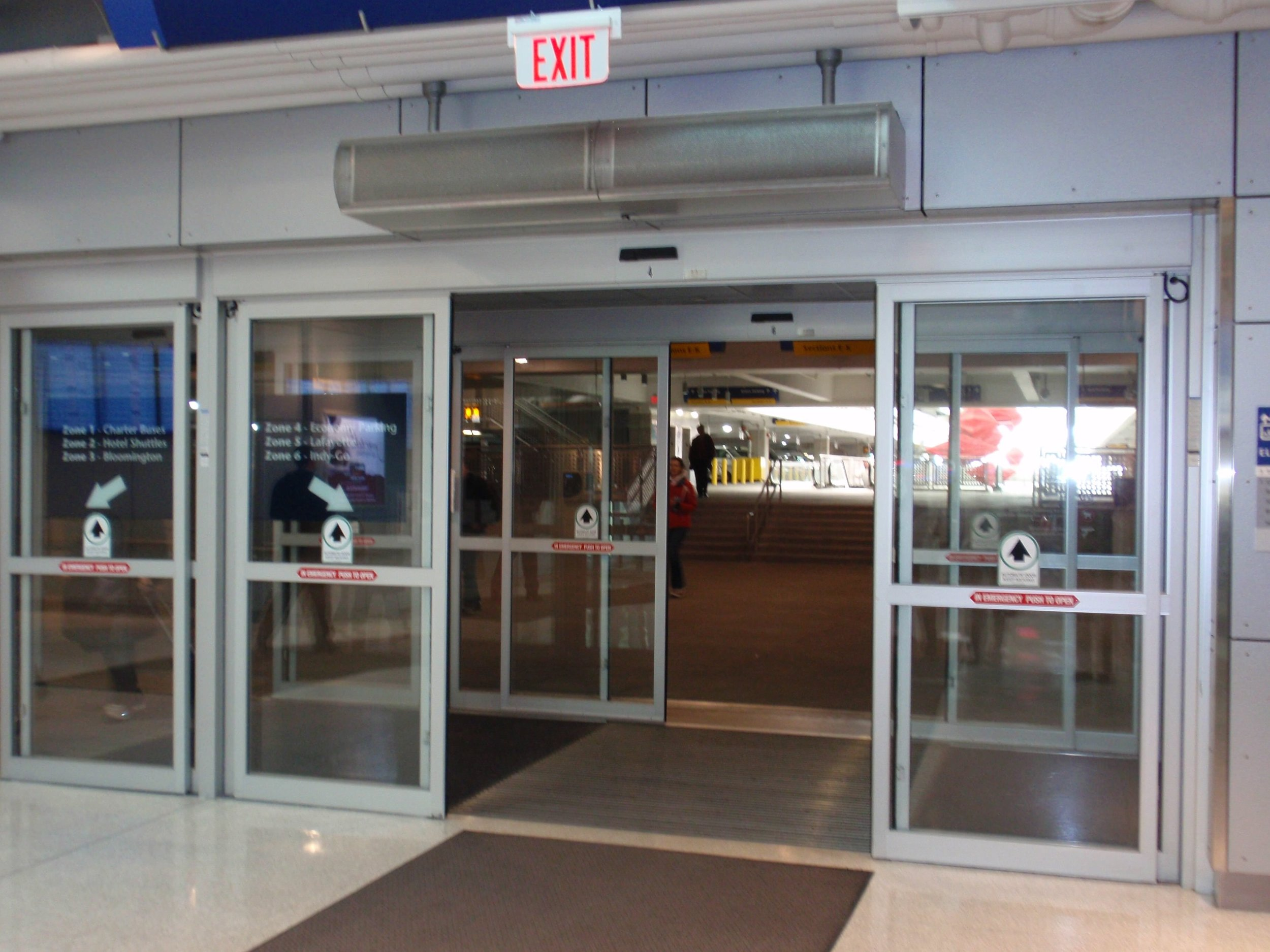 Berner-Mark-II-Air-Curtain-Airport-2.jpg