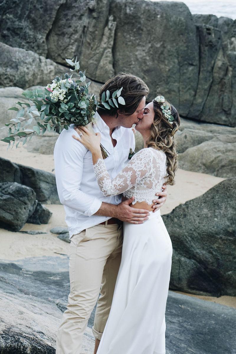 Makeup Artists Cairns - Real bride Hannah - Trinity Beach Palace wedding_-3.jpg