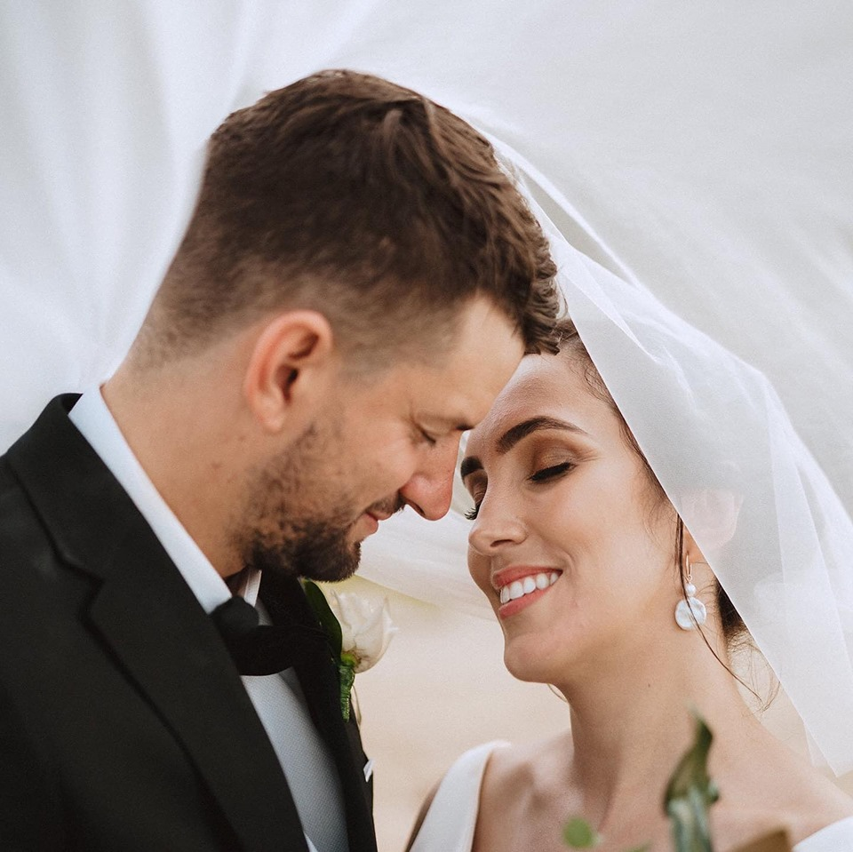 Makeup Artists Cairns - professional mobile wedding and event makeup - Cairns Wedding - 3.jpg