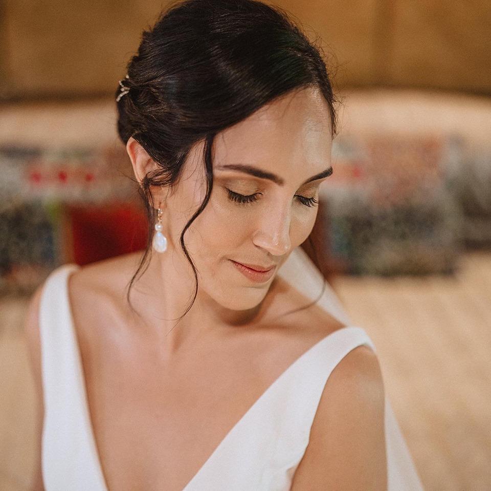 Makeup Artists Cairns - professional mobile wedding and event makeup - Cairns Wedding - 5.jpg