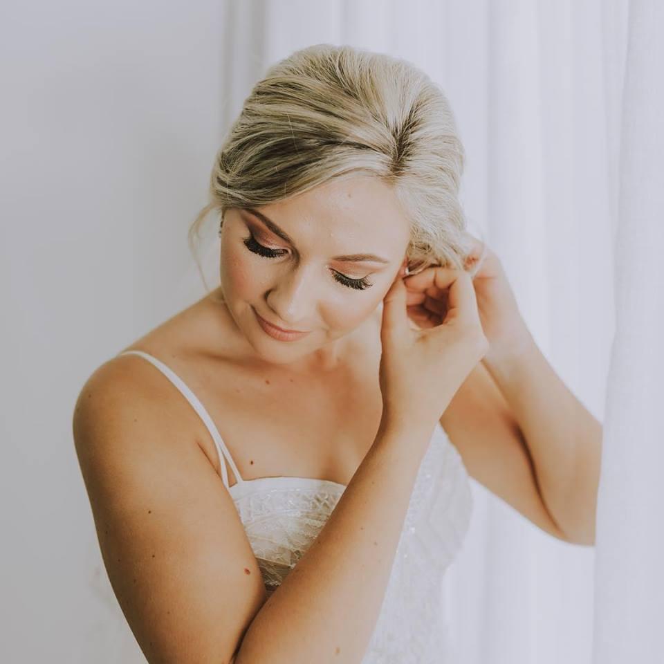 Makeup Artists Cairns - professional mobile wedding and event makeup - 21.jpg