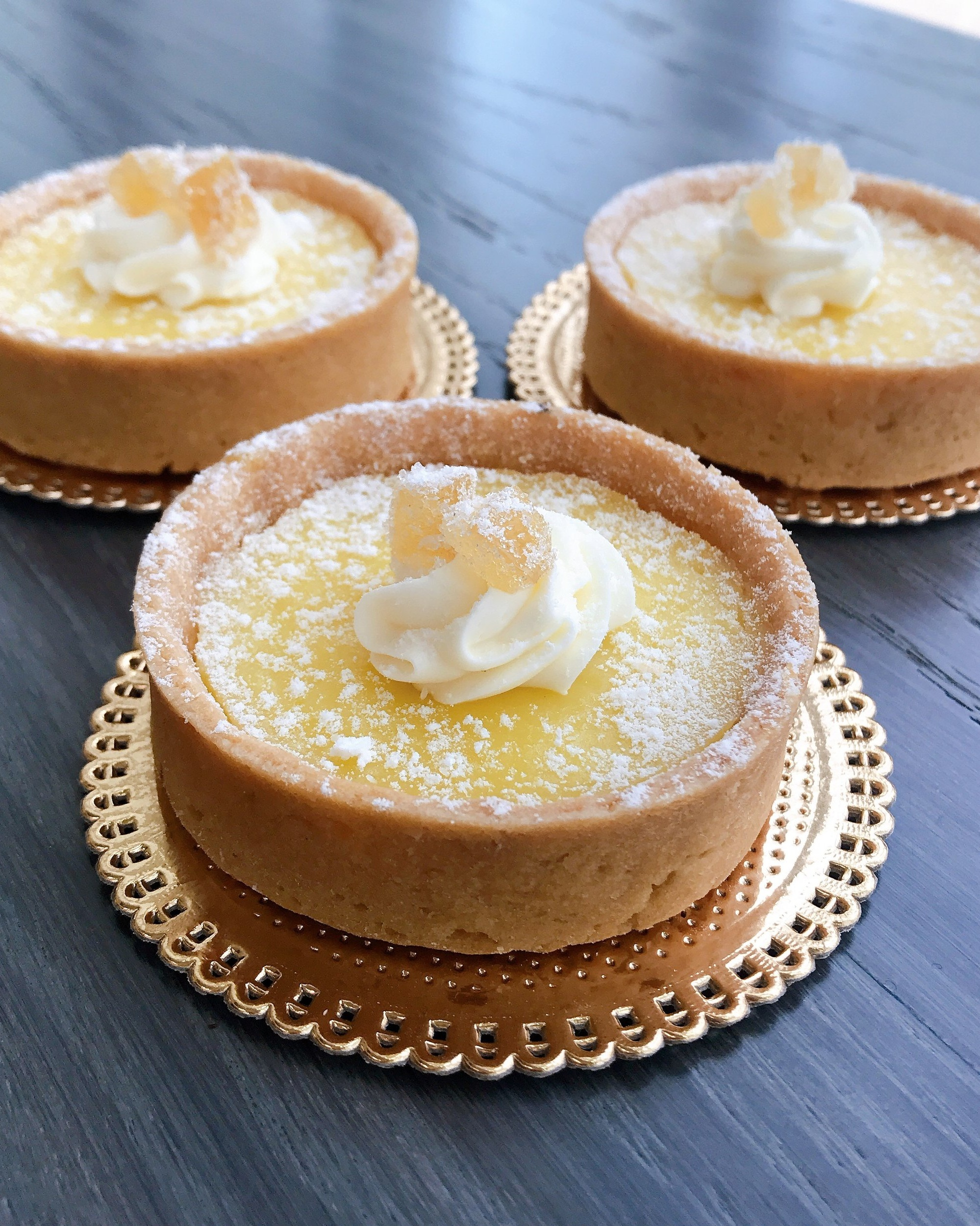 LEMON TARTLETTE - Pastry shell with a lemon flavored filling