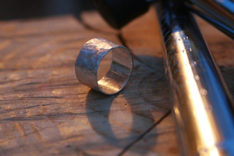 hammered ring.jpg