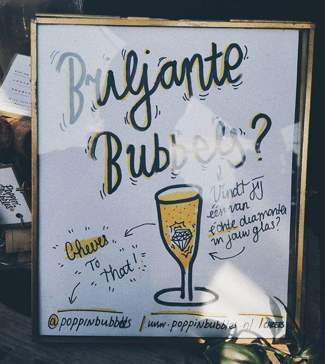 What's Poppin'🥂? Kom vandaag een glaasje halen op de @schoonhoven_zilverstad #zilverdag en misschien vindt jij wel een ECHTE 💎 DIAMANT in jouw glas. Powered by: www.atelierq.nl 🥂