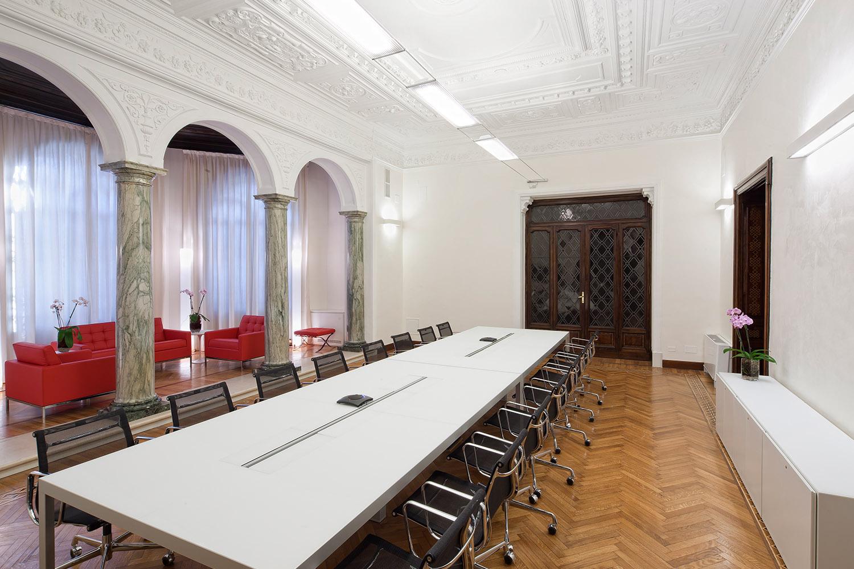 3-Reh-Build-General-Contractor-Roma-Italia-Portfolio-Credit-Suisse.jpg