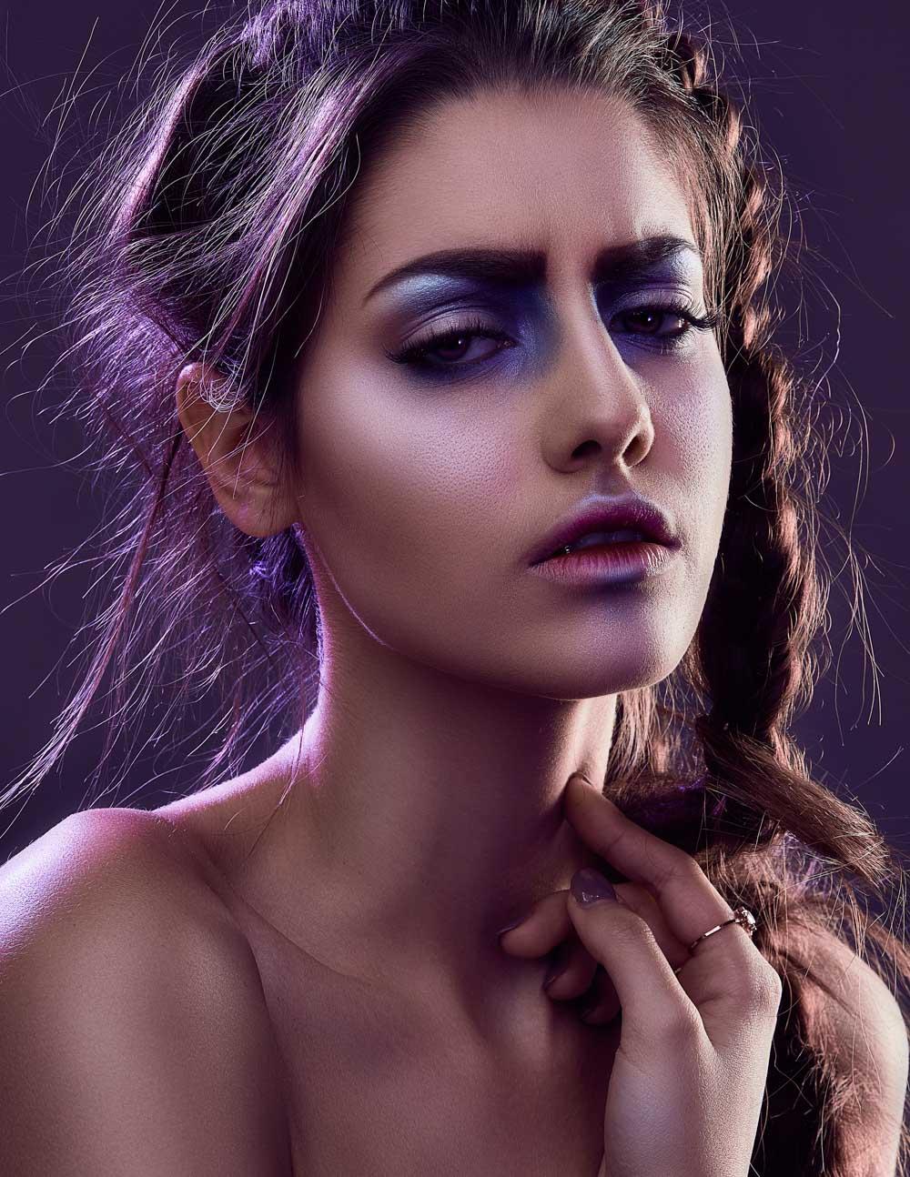 editorial-simone-haas-bianca-puchmueller-models-makeup-metallized-makeup-portrait-lizz-sator-prontolux06_spectrum_byLizzKrobath.jpg