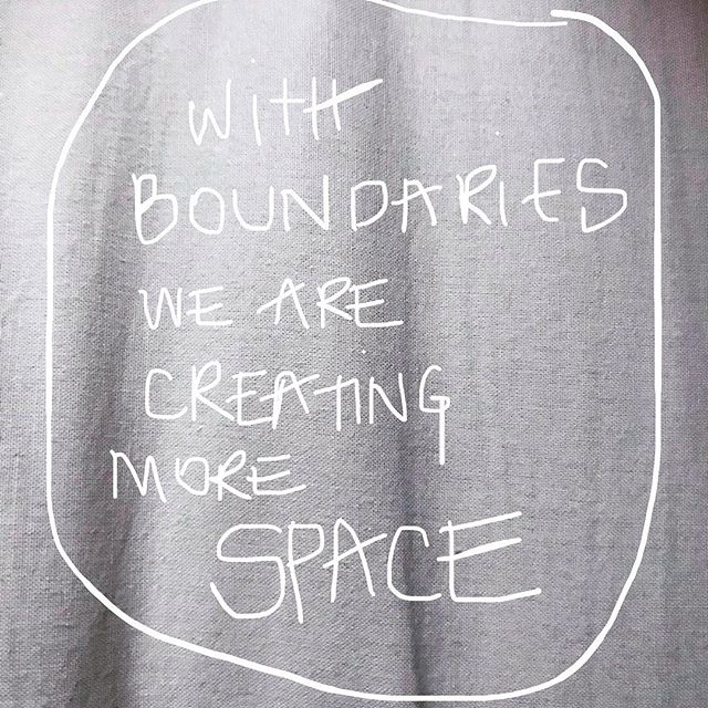 This is the bubble from @heartandbonesyoga webinar that caught my ATTENTION! How beautiful and « revolutionary » is this sentence, it makes me breathe 😀 what about you?  #heartandbonesyoga #breajohnson #movewithlove #functionalyoga #yoga #modernyoga #somatic #somaticmovement #revolutionary #morespacewithboundaries #space #creatingspace #attention #consciousness #awarness #yogaasaquestion #yogaanatomy #experientialanatomy #explorationlab #whatwhyhow #intention #macadamyogaexplore #macadamyogaconnect #yogaconversation