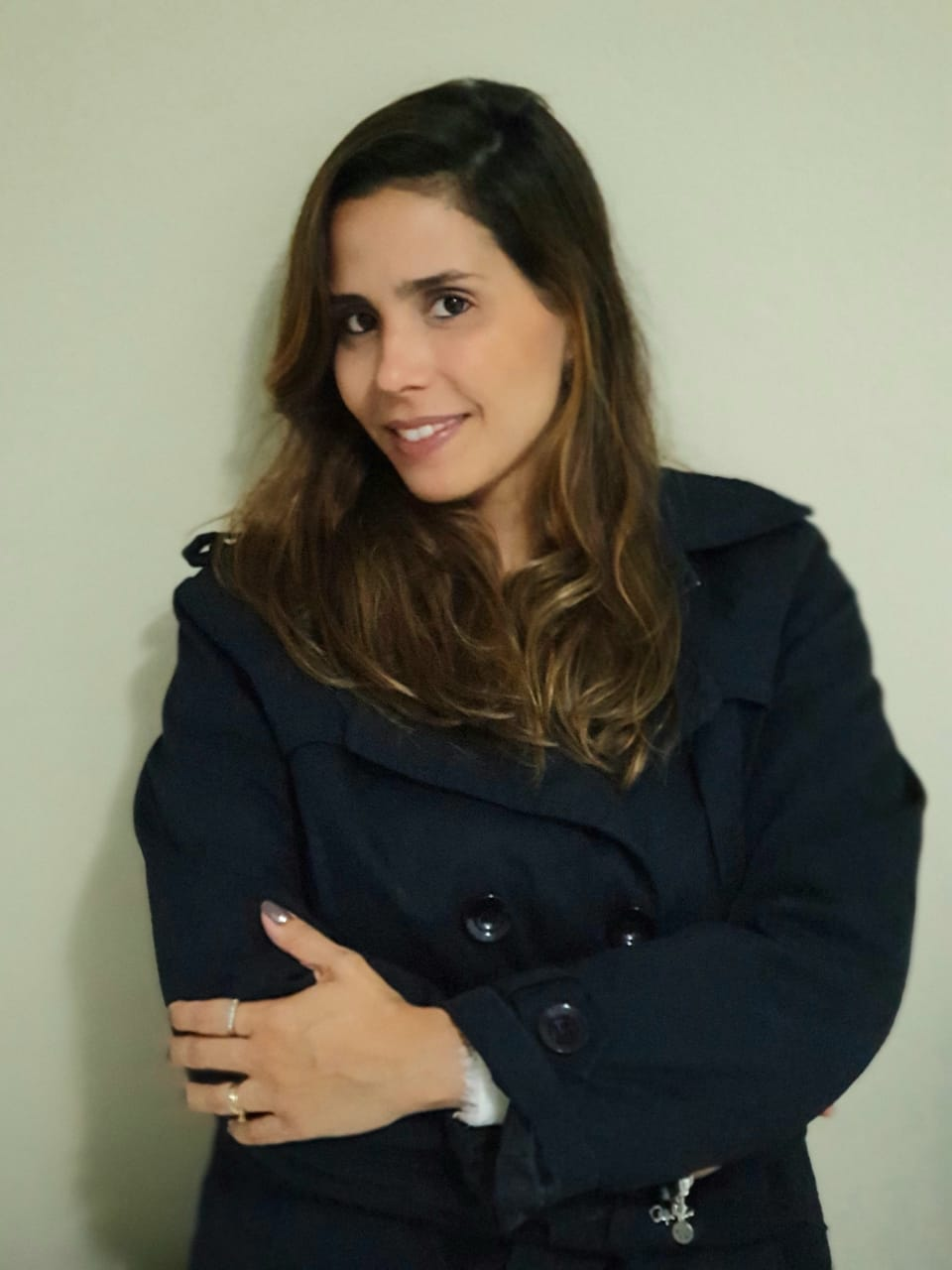 Jeane Lucena - Apaixonada pelo comportamento e desenvolvimento humano acredita na conexão como fonte do nosso processo constante de vir a ser no mundo.Psicóloga, professora, consultora, mãe de dois e curadora TEDx acredita no senso de comunidade e seu poder de transformação, por isso, desde que experimentou o Artes da Liderança, é apoiadora e incentivadora dessa ideia.