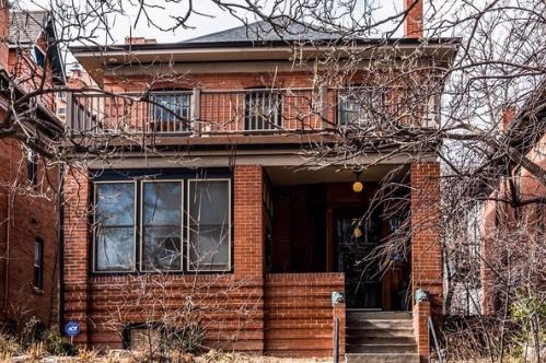 Sold - 1147 Vine St4 bedrooms, 3 bathrooms$960,000