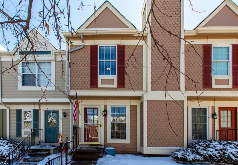 Sold - 1699 S Trenton Street #122, Denver3 bedrooms, 2 bathrooms$267,000