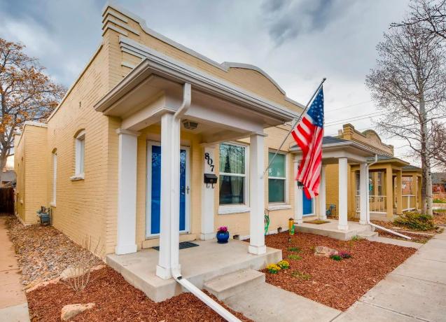 Sold - 807 S Logan Street, Denver1 bedroom, 1 bathroom$380,000