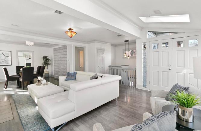 Sold - 561 Cook StCherry Creek neighborhood3 bedrooms, 3 bathrooms$882,000
