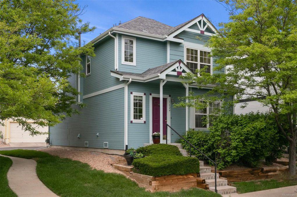 Sold - 1624 S Buckley Circle, Aurora2 bedrooms, 2 bathrooms$291,000
