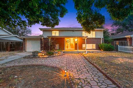 Sold - 3008 Zion St, Aurora5 bedrooms, 2 bathrooms$325,000