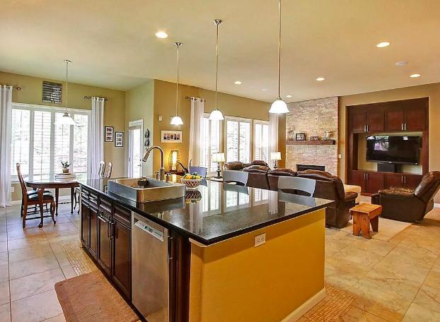 Sold - 12200 Desert Hills Street, Parker5 bedrooms, 4 bathrooms$650,000