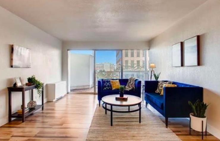 Sold - 888 Logan St #5A, Denver2 bedrooms, 1 bathroom$360,000