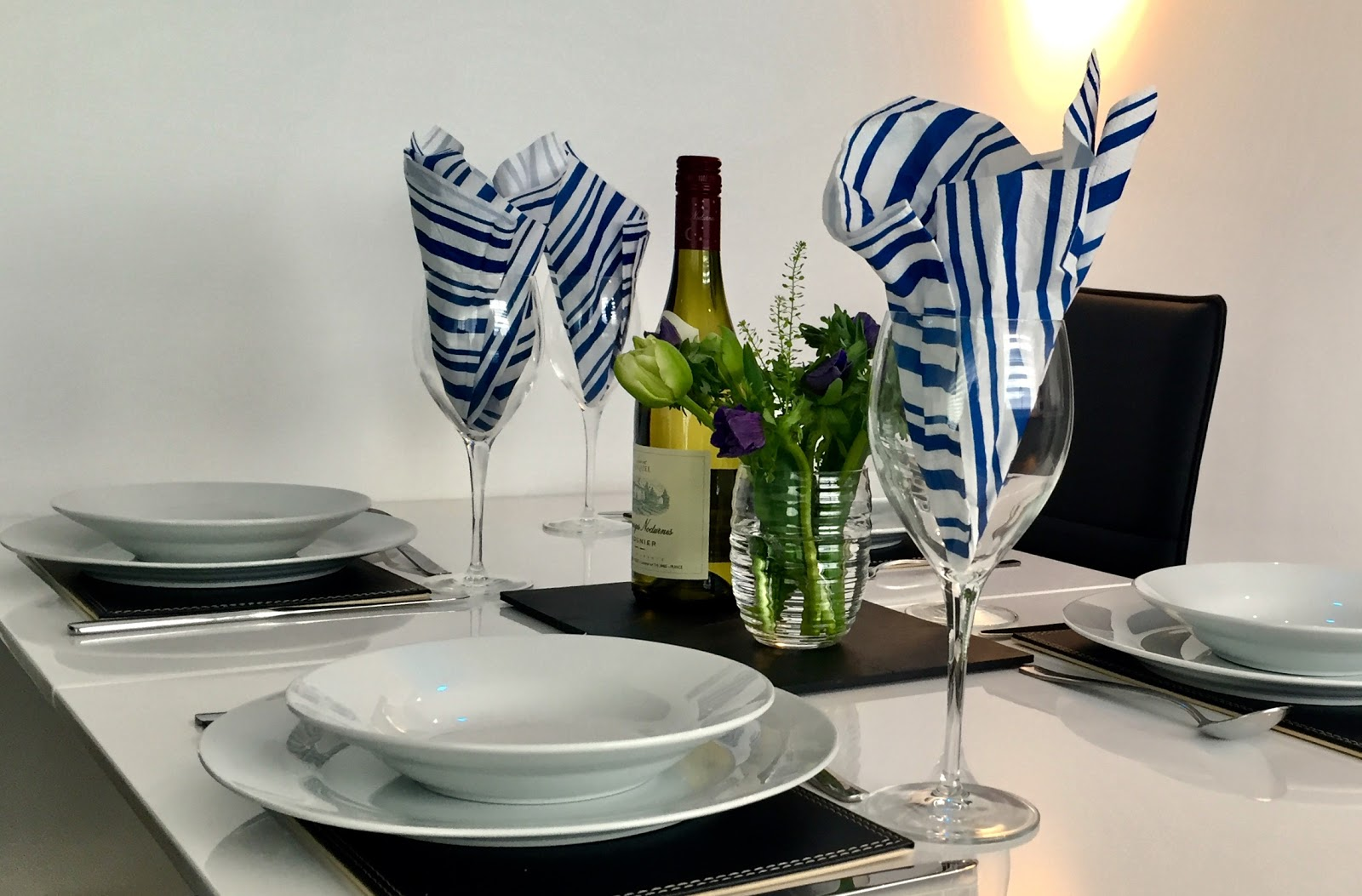 All crockery, cutlery, glassware included, ready for entertaining or unwinding after work.