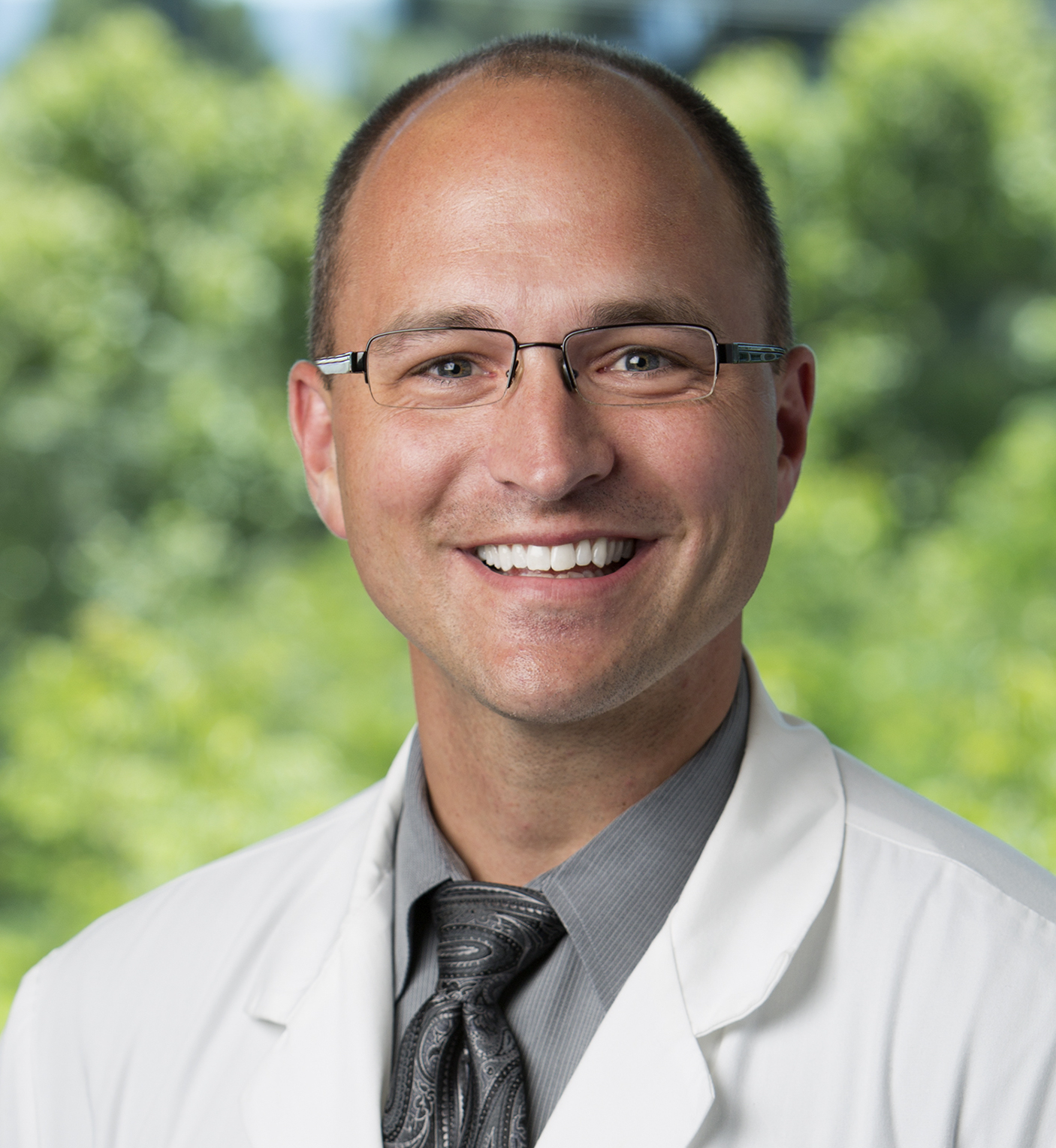 Keynote Speaker - We are excited to have Dr. Chad Ruoff as our 2019 Keynote Speaker!Dr. Ruoff is board certified in sleep medicine, obesity medicine, and internal medicine. His career in sleep medicine began as a sleep technologist in 1998 while completing his undergraduate education at Georgetown University. He received his internal medicine training at Baylor College of Medicine and then completed a sleep medicine fellowship at Stanford University in 2011. He remained at Stanford University as a faculty member and Associate Fellowship Program Director until 2016.During his tenure at Stanford, working with Drs. Mignot and Guilleminault, he developed a strong interest in the clinical evaluation and treatment of CNS hypersomnias. He continues to work with Stanford Sleep fellows as an Adjunct Clinical Assistant Professor. He now practices both Sleep and Obesity Medicine at Kaiser Permanente in Woodland Hills, California.