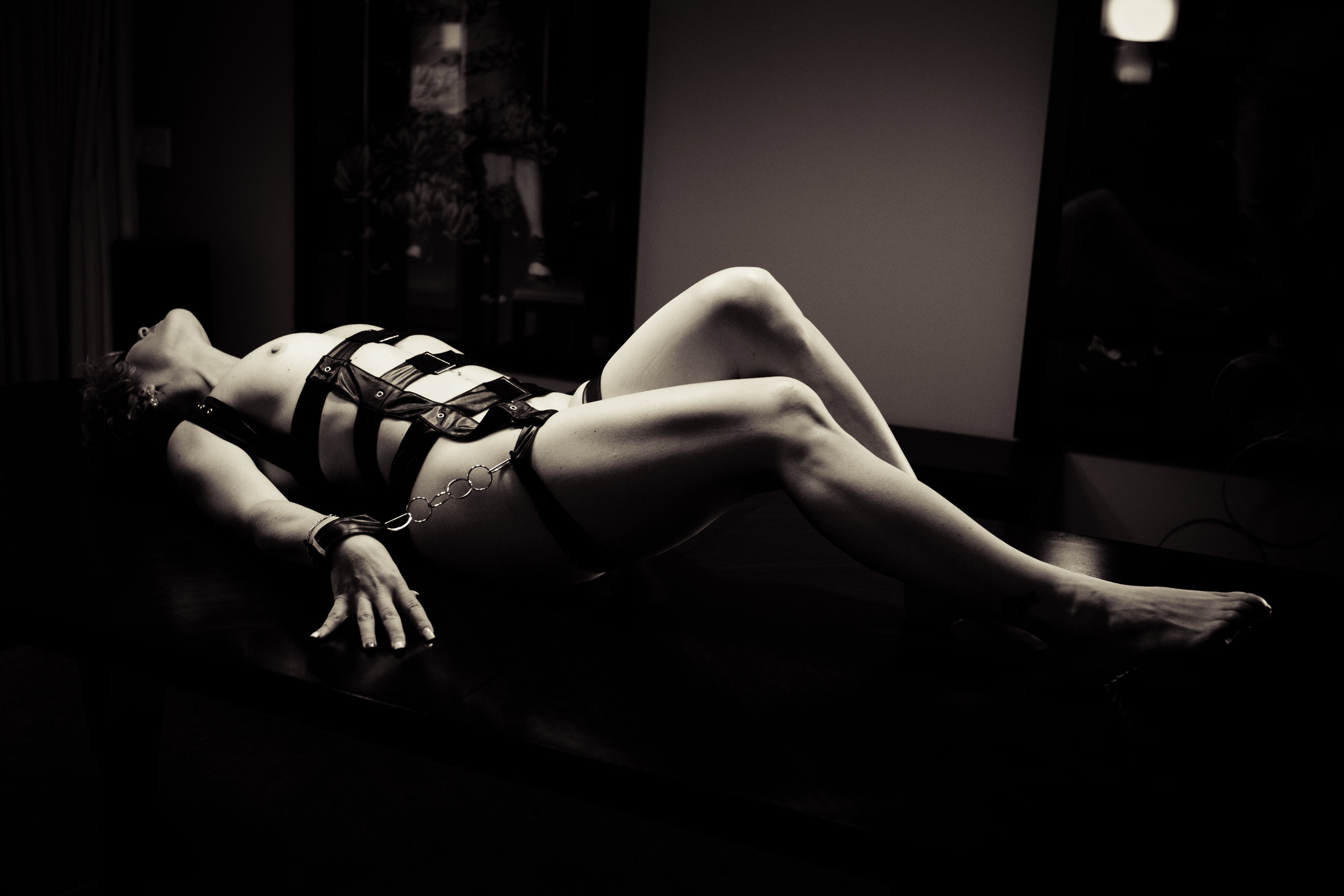 BDSM Boudoir session in Helena | Montana boudoir photographer by Misty Boles
