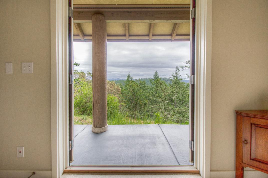 lower level patio door.jpg