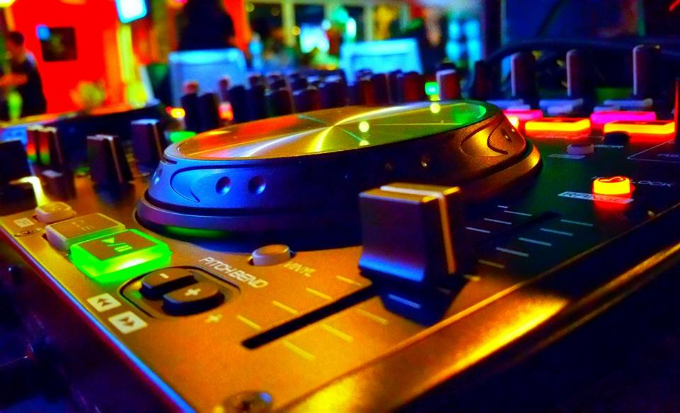 - DJ Corporate Event