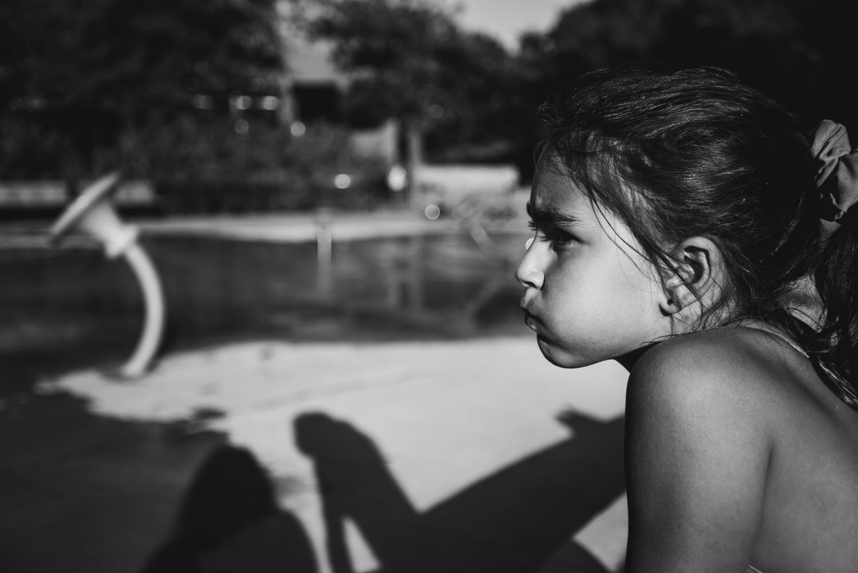 Montreal-family-photos-heat-wave-sprinkler-park02.jpg