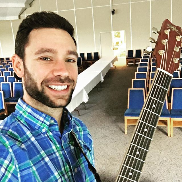 Sound check for one of the biggest parties of the year! #simchattorah @templesholom #party #dancing #guitar #music #children #kids #kidsmusic